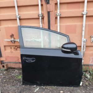 11-15 TOYOTA PRIUS MK3 5DR HATCH O/S/F DRIVER COMPLETE DOOR+WING MIRROR 202 BLAC